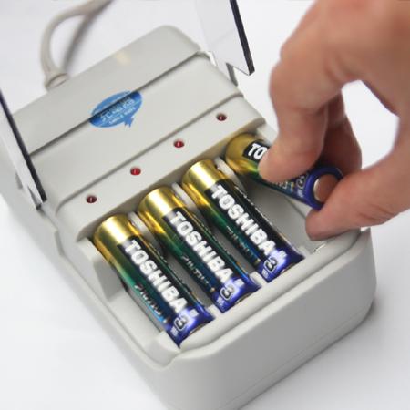 スマイルキッズ商品 アルカリ乾電池充電器Ⅱ
