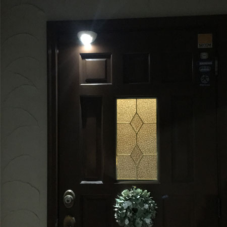 スマイルキッズ商品 ドア用センサーライト